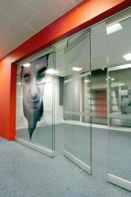 Дизайн с обоями для офисов